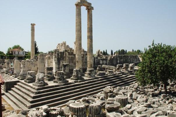 Pamukkale Apollon Tapınağı